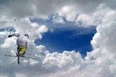 Freestyle ski jumper — Stock Photo
