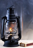Vintage burning lantern against grunge backgrounds. abstract sti — Stock Photo