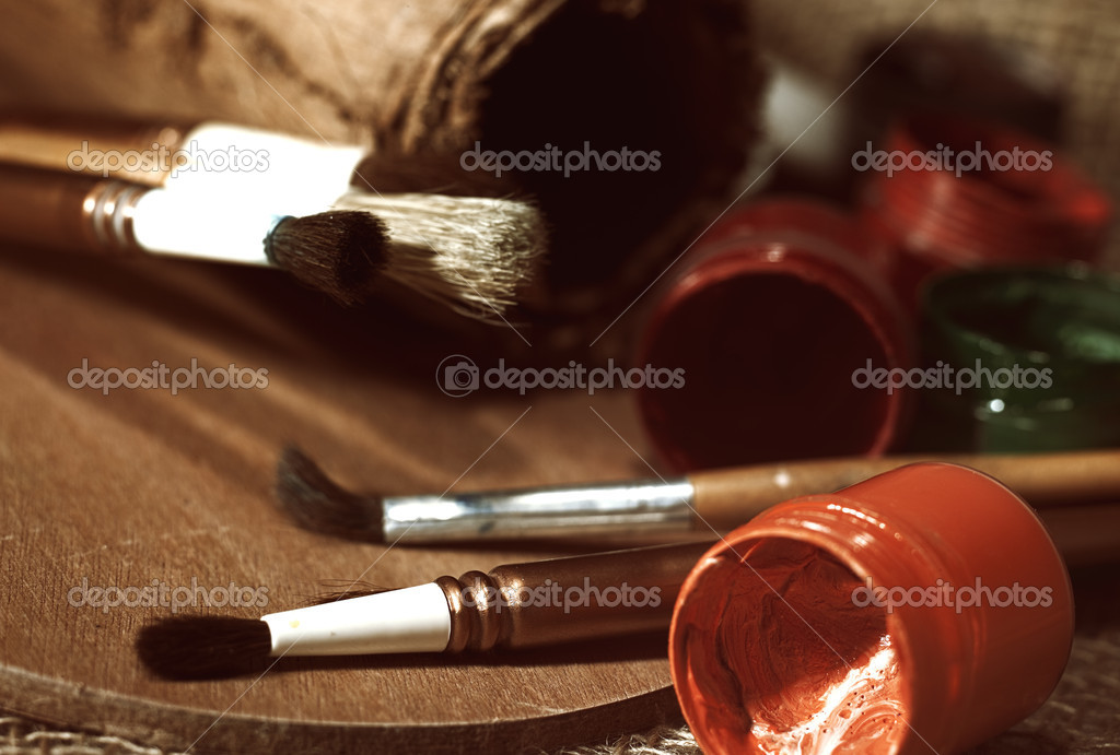 Old-fashioned art still life over burlap — Stock Photo #9511674