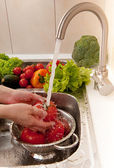 Splashing vegetables — Foto Stock