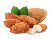 Almonds with kernels — Stock Photo