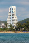 Large high-rise hotel. Thailand, Phuket, Patong. — Stock Photo