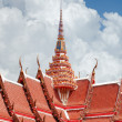 Roofing Buddhist monastery — Stock Photo