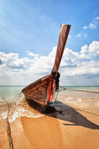 Wooden traditional boat on the beach - Thailand — Stock Photo