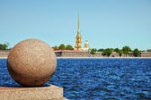 Peter and Paul Fortress. Oppositely banks of Neva — Stock Photo