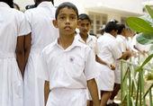 Sri Lankan pupil — Stock Photo