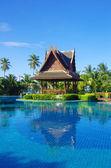 Piscina en tailandia — Foto de Stock