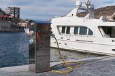 Refueling of motor yachts — Stock Photo