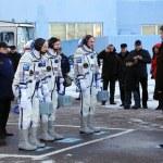 ������, ������: ISS Crew Report