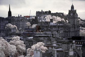 Edinburgh vista from Calton Hill including Edinburgh Castle, Bal — Stock Photo