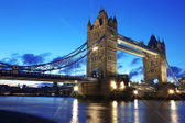 Evening Tower Bridge, London, UK — Stock fotografie