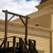 Vintage USA gallows in wild west — Stock Photo