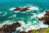 Surf in Rocks — Stock Photo