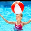 Child swimming in pool. — Stock Photo #8600768