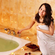 Woman relaxing in bath. - Foto de Stock