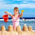 Child playing on beach. — Stock Photo #8658426