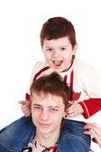 Szczęśliwą rodziną, dwie chłopiec. — Zdjęcie stockowe