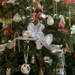 Decorated christmas tree in home — Stockfoto