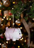 Piggy bank als decoratie in een xmas — Stockfoto