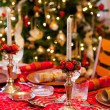 English Christmas table with crackers — Stock Photo #8265388