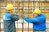 Two construction workers making reinforcement — Stock Photo