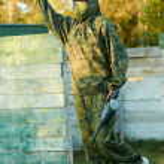 Man paintball player — Stock Photo