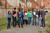 Estudiantes universitarios multicultural — Foto de Stock