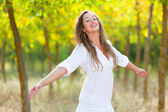 Young Woman Outside with Open Arms, Freedom Sensation — Foto Stock