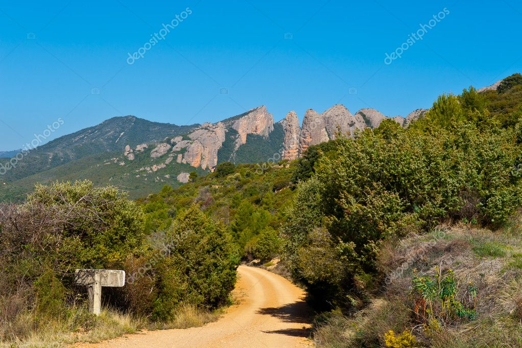 Winding Mountain Road through The Canyon in Spain — Stock Photo #9289076
