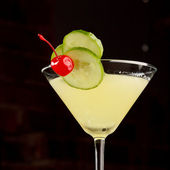 Cocktail with cucumber — Stock Photo