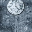 Grunge background with broken clock — Stock Photo