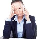 携帯電話で話している失望ビジネス女性 — ストック写真