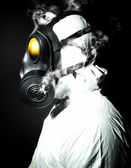 Man with gas mask — Stockfoto