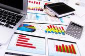 Gráficos, gráficos, tabela de negócios. — Foto Stock