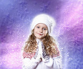 Cuty 冬天穿的小女孩 — 图库照片