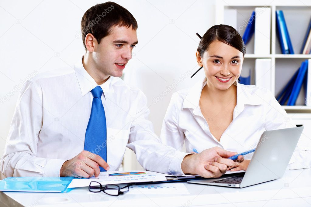 Two young business collegue working together in office — Stock Photo #10269061