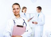 Příjemný lékař v ordinaci — Stock fotografie
