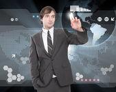 Uomo d'affari, lavorando con lo schermo del computer virtuale — Foto Stock