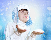 Portrait of little kid in winter wear — Stock Photo