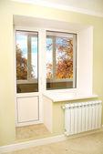 Stängda fönster — Stockfoto