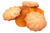 Cookies et abricots secs sur fond blanc — Photo