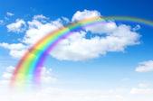 Regnbåge på himlen — Stockfoto
