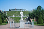 Peterhof. Lower Park. Sculpture of Venus. Russia — Stock Photo