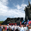 DONETSK, UKRAINE - MAY 9 Unidentified veterans at Victory Monume - 图库照片