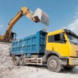 Stockfoto: Loading large lorry building material