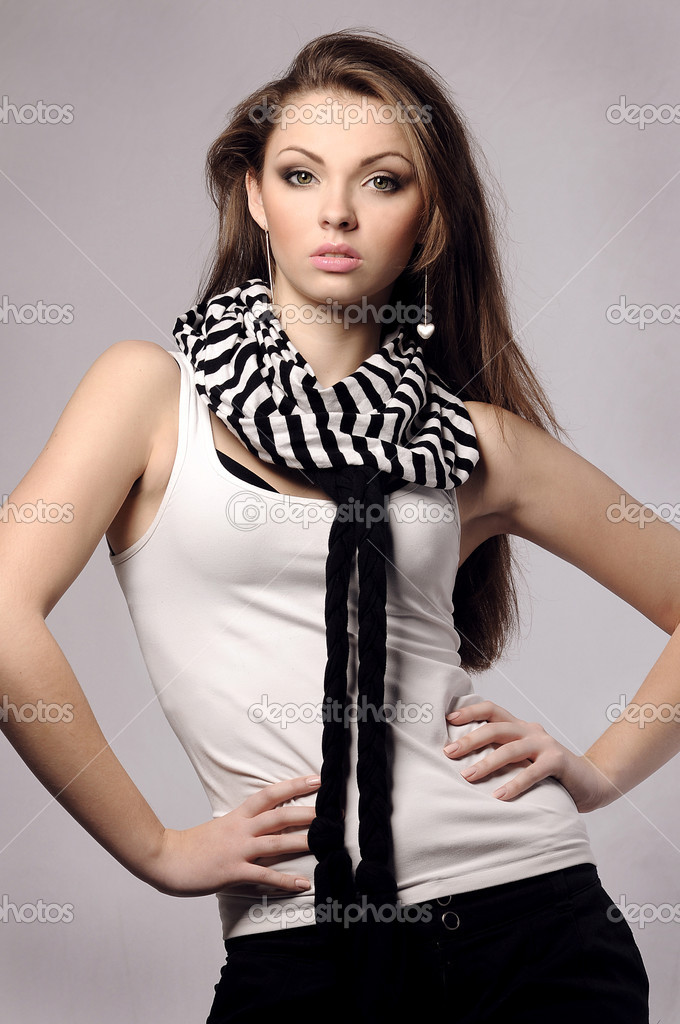 Elegant fashionable beautiful woman with long hair — Stock Photo #8137783