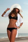 Piękna kobieta w kostiumie kąpielowym — Zdjęcie stockowe