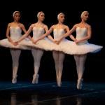 Swan Lake Ballet — Stock Photo #10572758