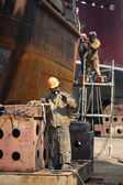 Workers repaired the ship — Stock Photo