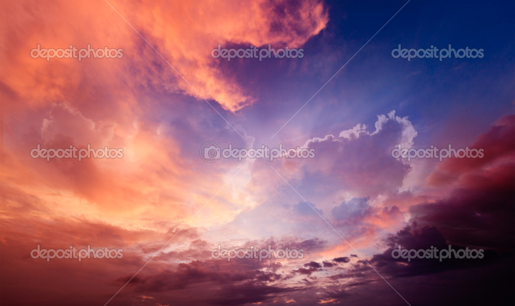 Dramatic sky — Stock Photo #9140936